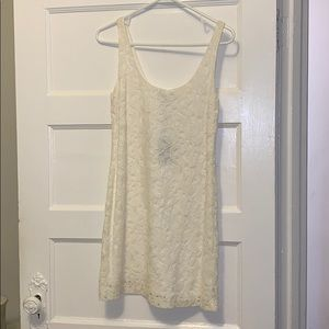 Beautiful lace dress - brand new with tags, lined